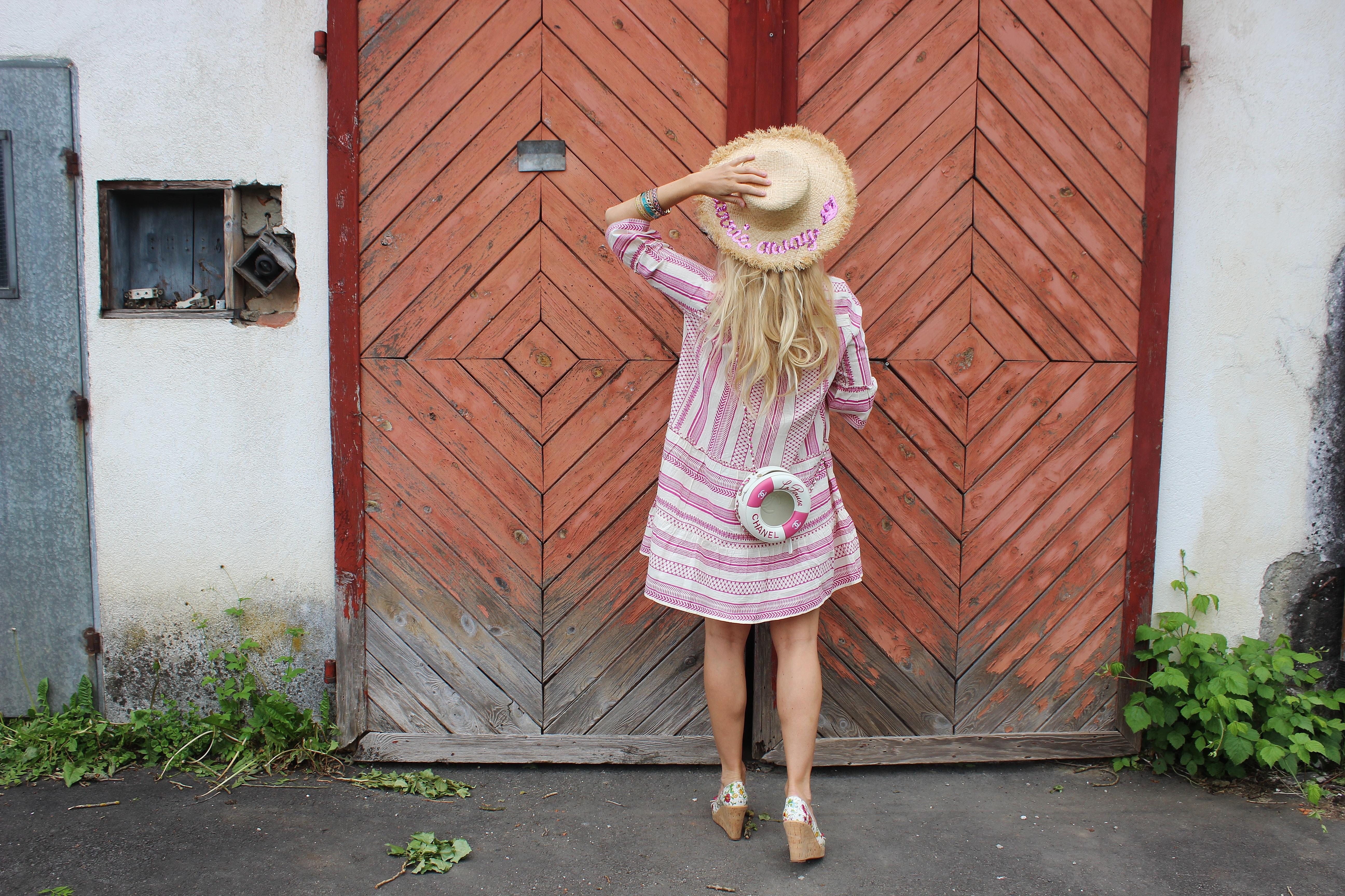 Vero Moda- Bestseller-Sommerkleid-Sommerlook-carrieslifestyle-TAmara Prutsch-Chanel Bag-Bloggerstyle