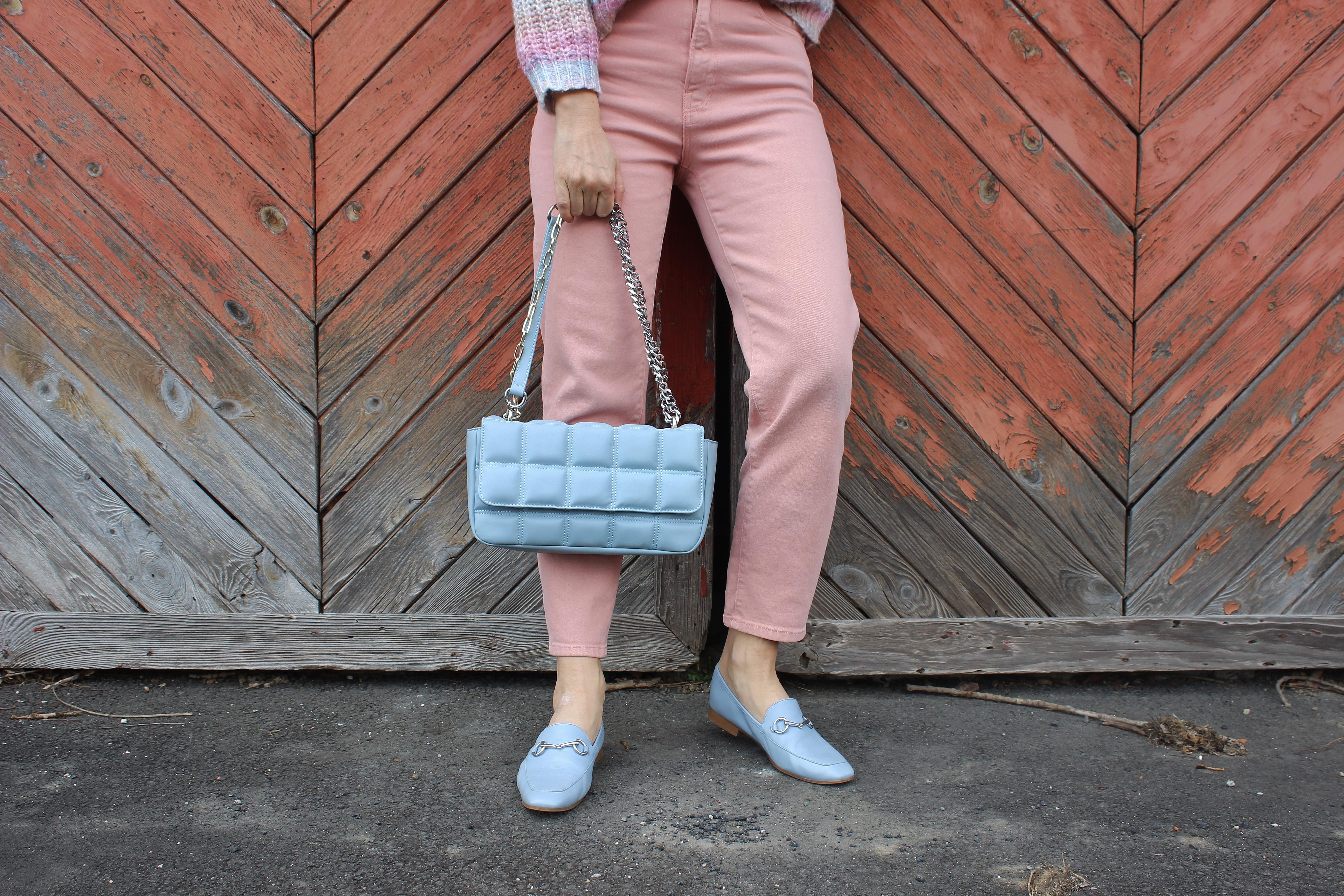 and Bags-GIno Rossi Tasche hellblau-Gino Rossi Halbschuhe Hellblau-Springfashion-Springlooks-Frühlingstrends-Frühlingsmode-carrieslifestyle-Tamara Prutsch